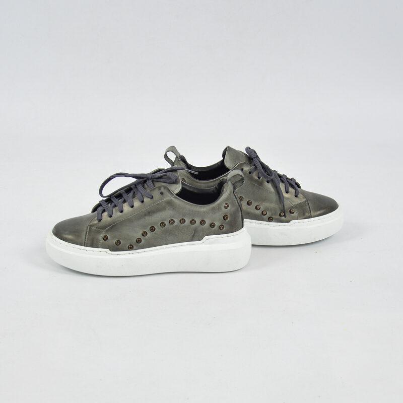 Abbigliamento Uomo Online  (25) - sneakers uomo in pelle con borchie grigio.jpg