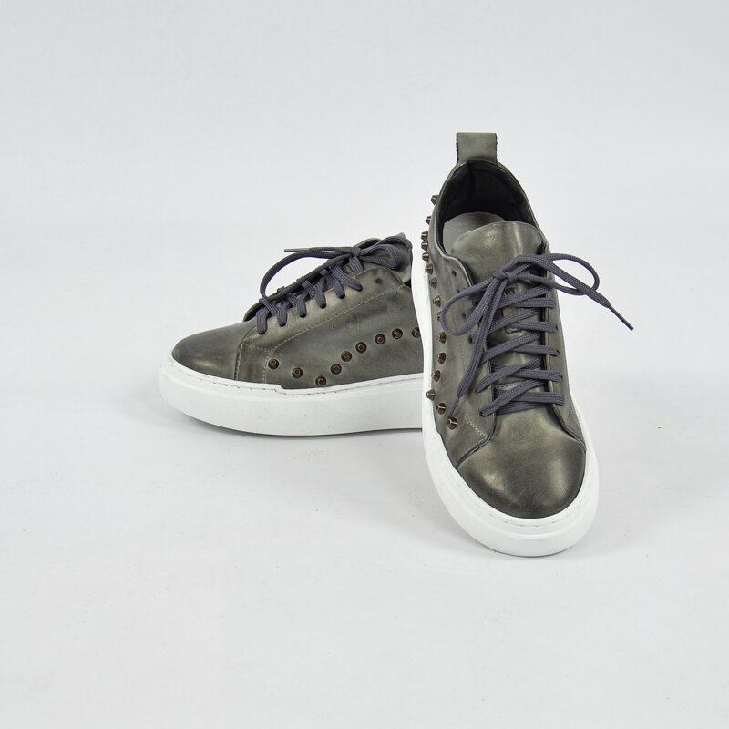 Abbigliamento Uomo Online  (27) - sneakers uomo in pelle con borchie grigio.jpg